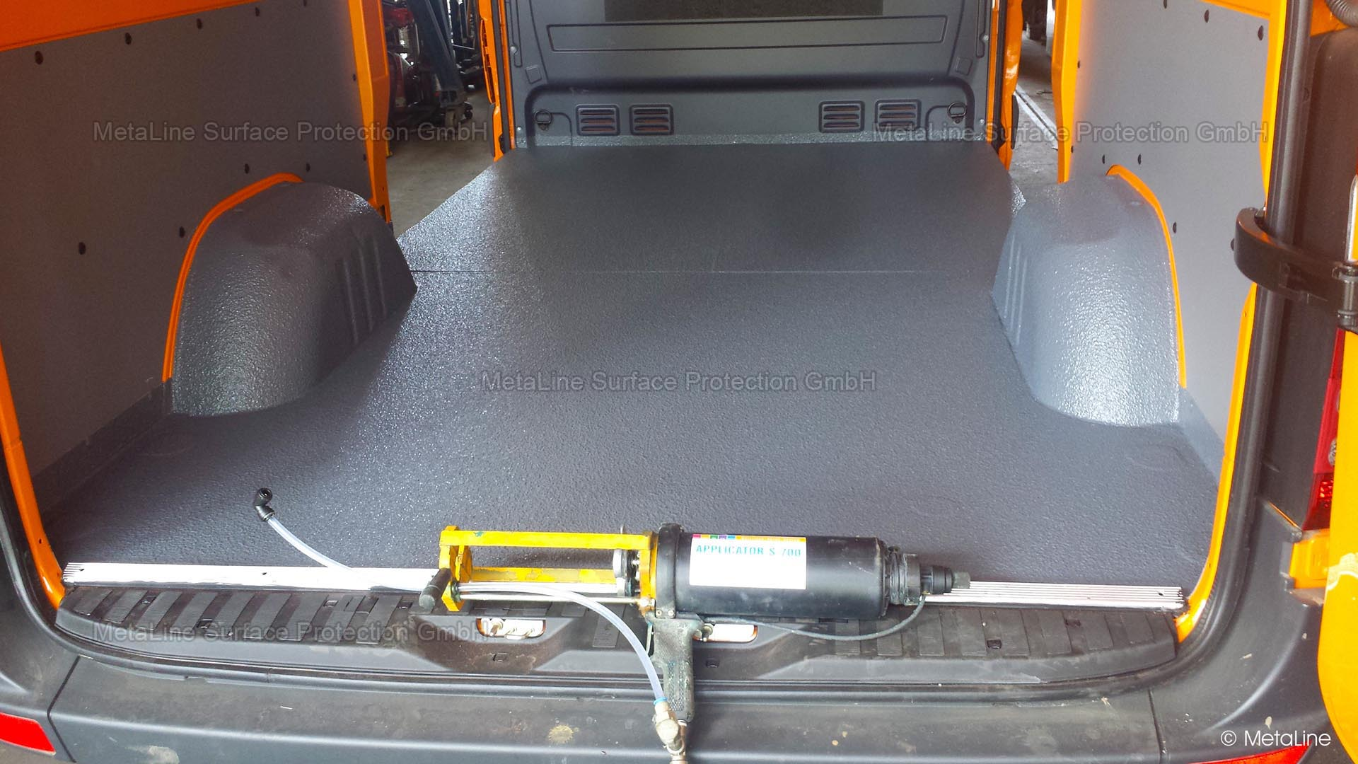 <!-- START: ConditionalContent --><!-- END: ConditionalContent -->   <!-- START: ConditionalContent --> Commercial vehicles; lining; coating; seamless; spraying; hygienic; PU; decorative; resilient; FDA; food safe; load securing; anti-slip; waterproof; elastic; cleanable; sprinter; transporter; loading area; interior; anti-stick; cargo area; anti-stick <!-- END: ConditionalContent -->   <!-- START: ConditionalContent --><!-- END: ConditionalContent -->   <!-- START: ConditionalContent --><!-- END: ConditionalContent -->